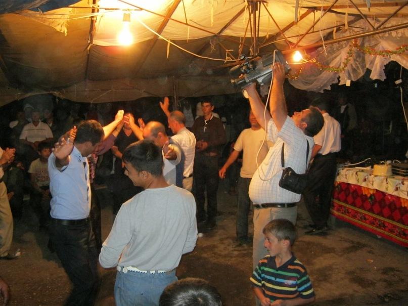 В Азербайджане на свадьбе
