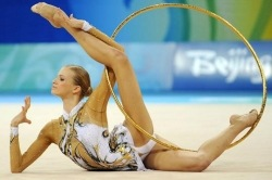 видеозаписи детских тренировок в художественной гимнастике.