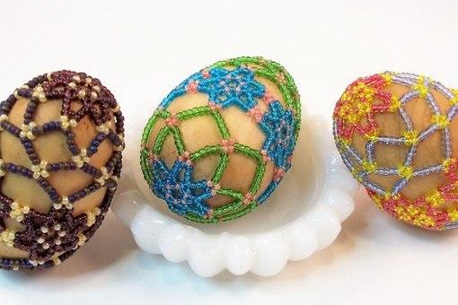 Пасхальные яйца из бисера: схема 2. Возможно, вам покажется более удобной вторая схема.