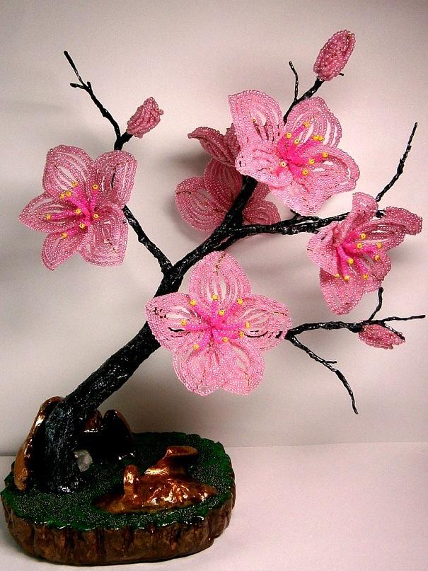 Цветы сакуры из бисера мастер класс пошаговыми