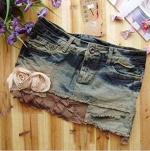 Джинсовая юбка - непременный и незаменимый предмет гардероба любой.