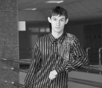 Дмитрий Крайний
