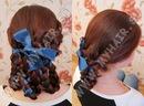 Плетение кос с лентами.