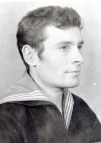 Владимир Рыженков, 2 июля 1946, Петропавловск-Камчатский, id169315624