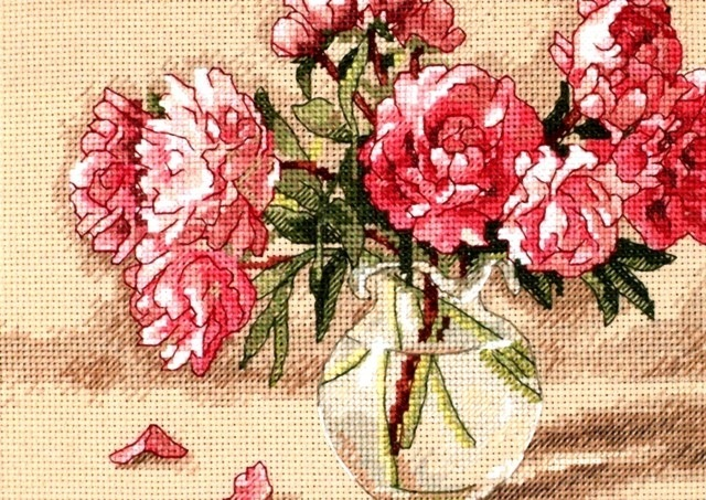 Схема вышивки много розовых пионов