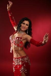Следующее фото.  Арабские танцы.  Серия.  Ответить с цитатой.