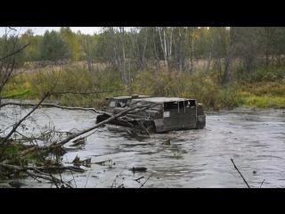 ГАЗ-71 не тонет в болоте