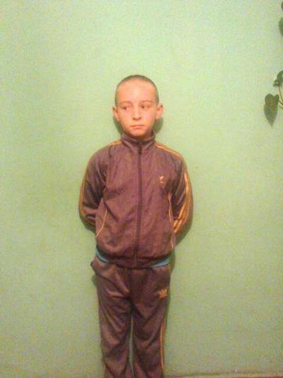 Діма Огороднік, 25 мая 1999, Альметьевск, id221934738