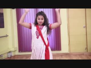 Cham cham - indian girl dance video