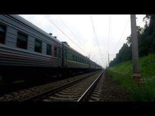 Электровоз ЧС2Т-1003 с поездом №212 (Москва → Мурманск)