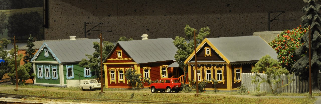 Деревенский дом из бумаги