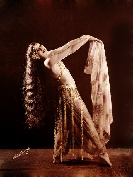 Турецкий стриптиз танцы