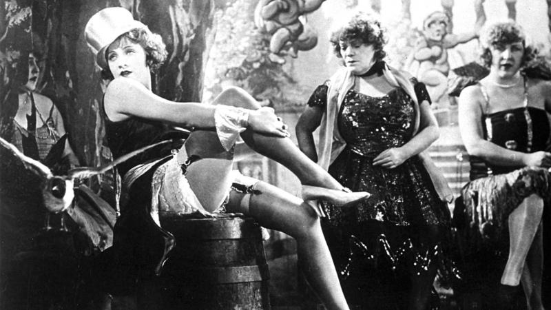 Х Ф Голубой Ангел Германия 1930 Одна из лучших кинокартин с Марлен Дитрих в главной роли Английская версия фильма