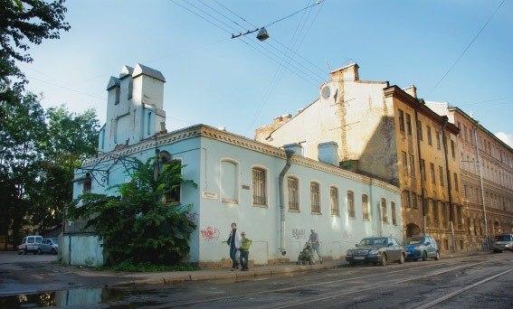 Арест на квартиру Сторожевой переулок консультация юриста или адвоката в москве
