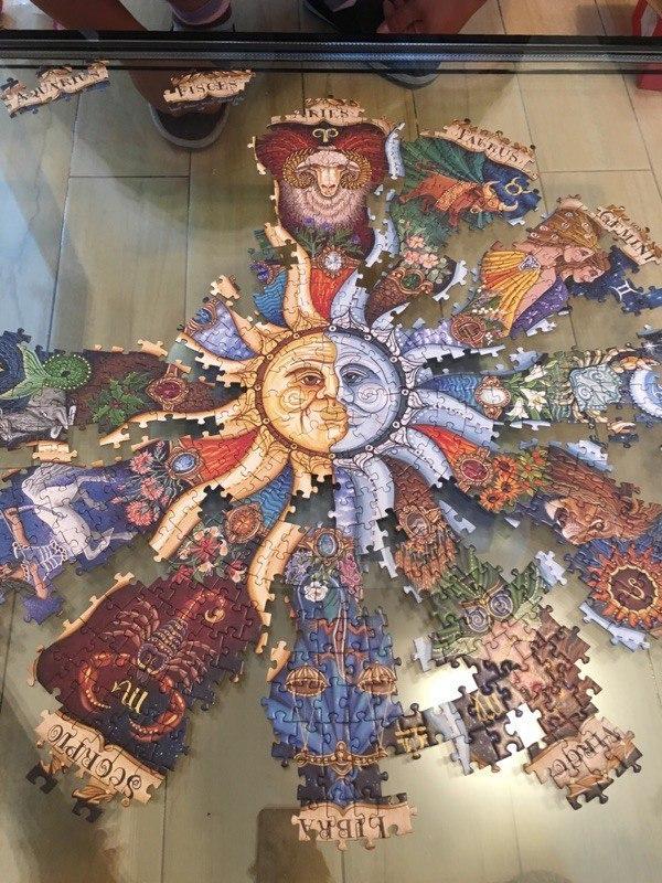 Невероятный пазл на 1000 элементов со знаками зодиака