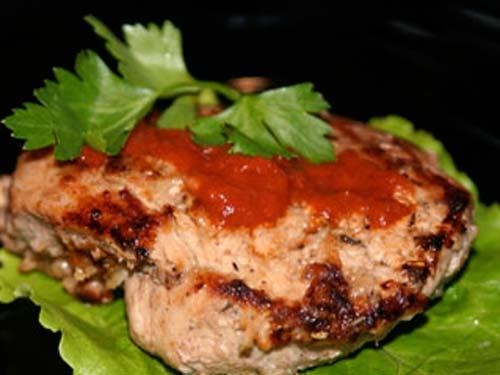 Стейк по-кавказски 1200 г свинины (вырезка, шницели) 200 мл