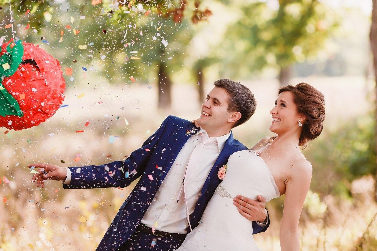 25 способов покреативить с пиньятами в свадебном декоре