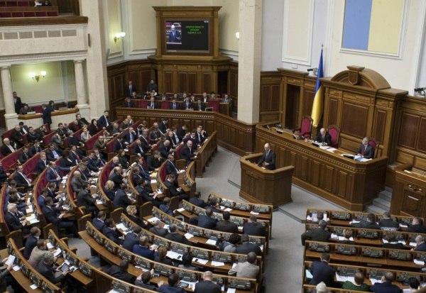 Депутаты Украины санкционировали мобилизацию автотранспорта
