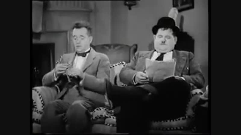 Laurel Hardy - Pick A Star 1937
