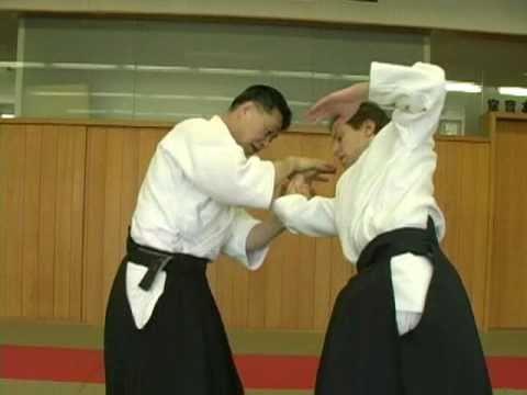Aihanmi katatedori kote gaeshi oyo waza - Shishiya sensei