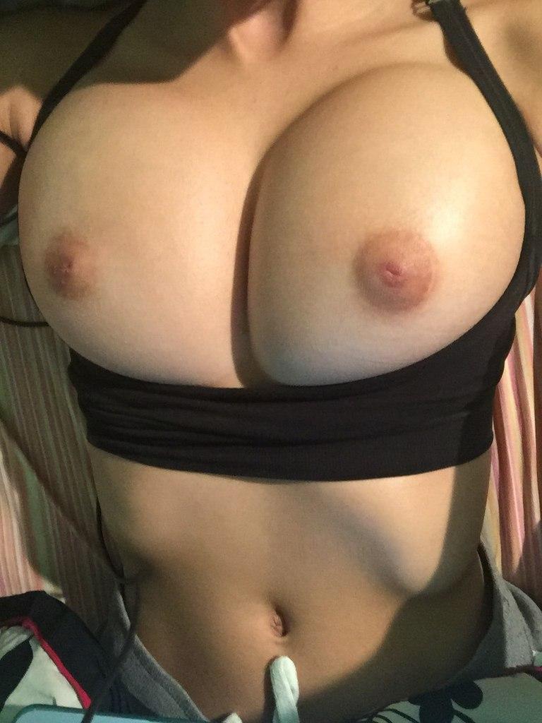 Big boobs behaart masturbation reift