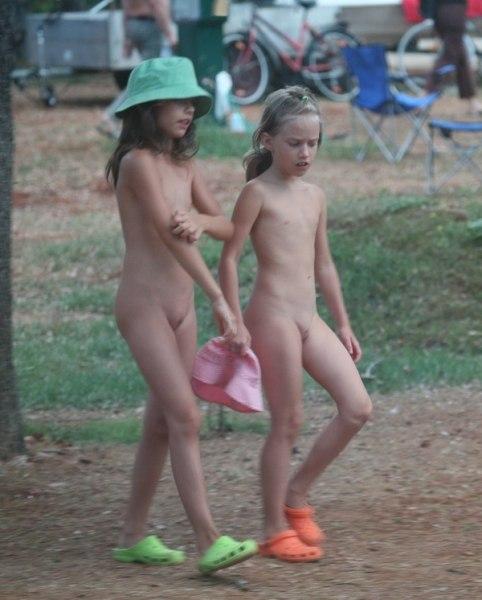 Фото голые семьи нудистов на всех пляжах