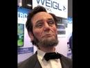 Реалистичность этого робота Авраама Линкольна впечатляет