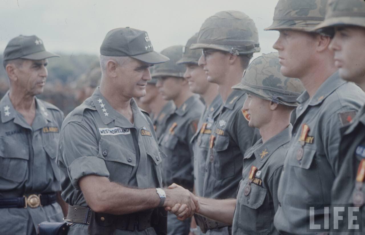 guerre du vietnam - Page 2 VH5YdSxWYv0