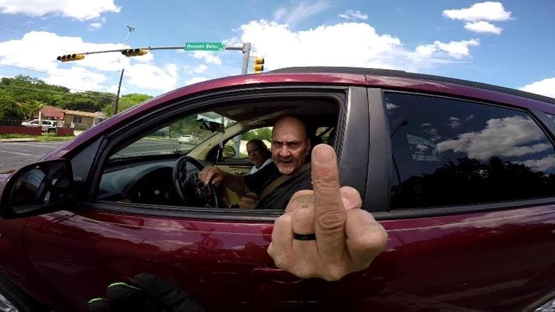 Мудаки на дороге С днём водителя