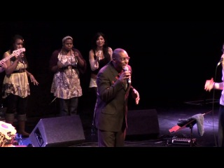 Cleveland Watkiss with Shlomo & the Vocal Orchestra - Just the Two Of Us