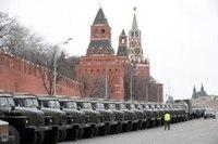 В Киеве проходят акции в память о Немцове. Центр Москвы оцепляют внутренние войска и ОМОН, - 5 канал - Цензор.НЕТ 7560