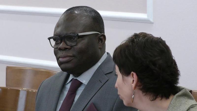 Роман Старовойт провел рабочую встречу с послом Республики Бенин Нукпо Клеманом Кики