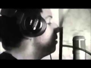 Simple Plan - Behind the scenes of the recording of the song TSSML