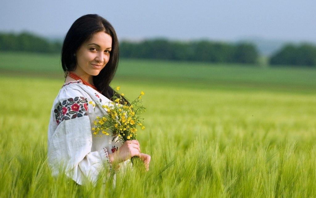 Картинки девушка с цветами 5
