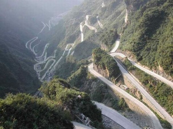 Бухтарминская дорога, вид сверху.