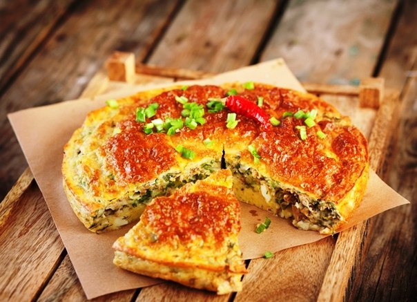 Пирог с рыбной консервой и рисом рецепт из слоеного теста