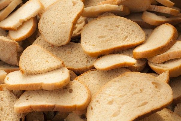 ИНФОГРАФИКА: 10 вещей, которые вы можете сделать с черствым хлебом