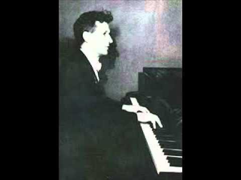 Vladimir Sofronitsky plays Debussy Feuilles Mortes