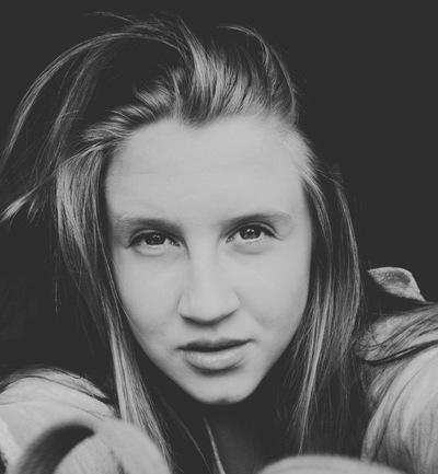Полина Хмельницкая, 25 августа , Омск, id156130523