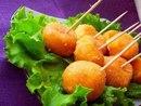Вкусные сырные шарики с чесноком