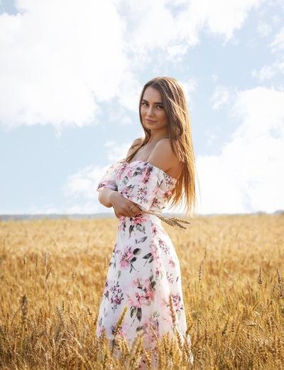 Яна Чудакова