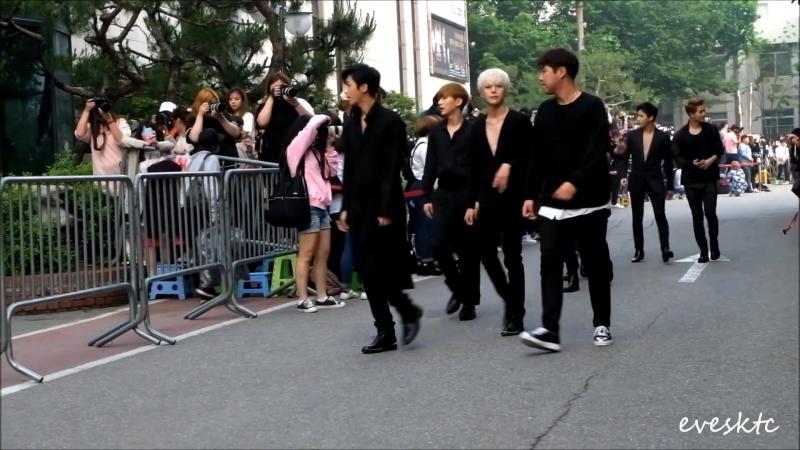 [VK][160527] MONSTA X fancam @ Arriving at Music Bank