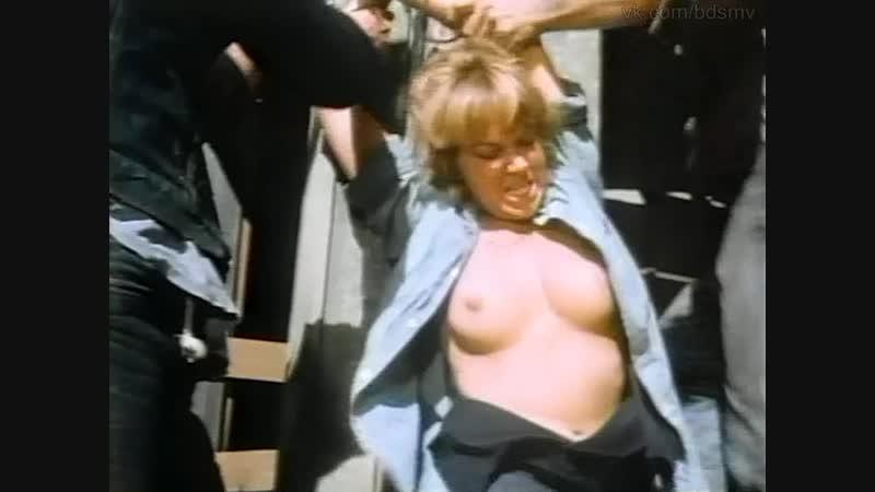 бдсм сцена bdsm бондаж из фильма Angels Hard as they Come Ангелов круче не бывает 1971 год