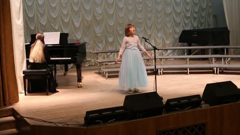 песня Совенок исполняет Мария 8 лет