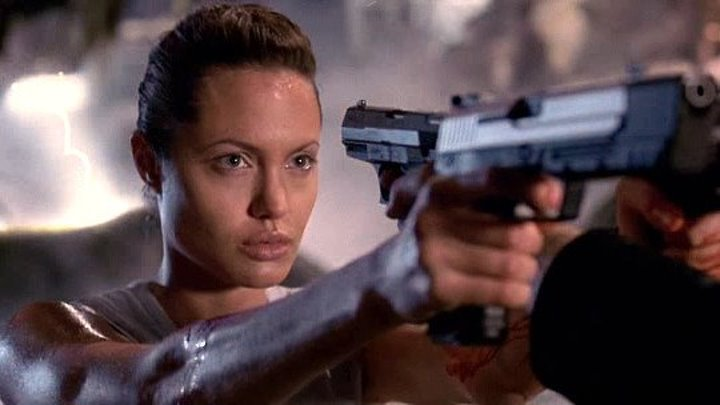 Лара Крофт Расхитительница гробниц 2001 фэнтези боевик триллер приключения