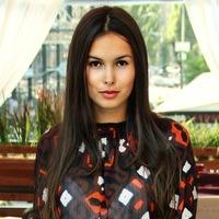 Asya Makarevich фото