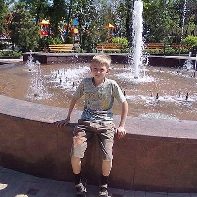 Рома Васильев, 14 октября , Донецк, id195286864