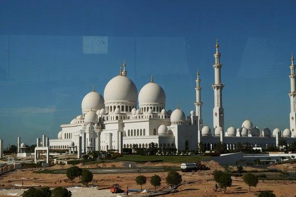 Мусульманская мечеть шейха Заеда