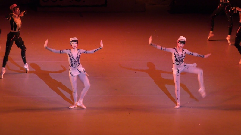 190718 The Legend of Love Act II Court Dancers. Maria Bulanova (debut) and Yuliana Chereshkevich