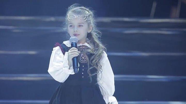 Сложнейшая еврейская песня, а как поёт чисто девочка из Молдовы - Amelia Uzun!